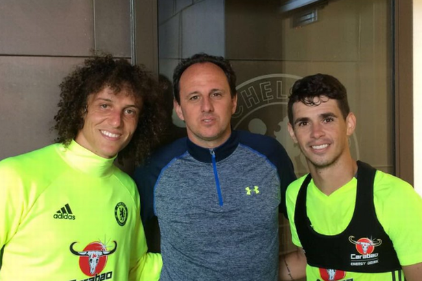 Chelsea stars David Luiz and Oscar welcome legendary Brazilian goalkeeper Rogerio Ceni to Cobham
