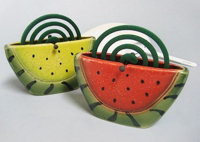 mosquito-coil-holders-3b